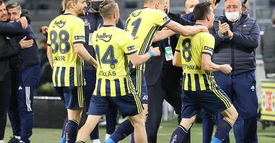 Süper Lig: izgalmas meccsen nyertek Szalai Attiláék