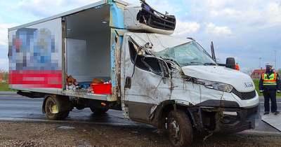 Csoda, hogy nem sérült meg a sofőr ebben a vásárhelyi balesetben – Fotók