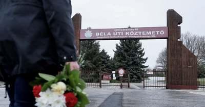 Egyre gyakoribb, hogy a sírokról lopnak virágot Székesfehérváron