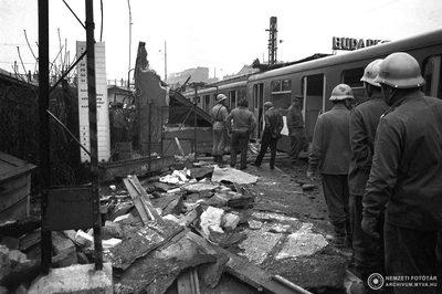 Soha nem látott képek a Boráros téri HÉV balesetről