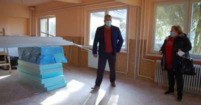 Nappali klub várja májustól az időseket Petőfiszálláson