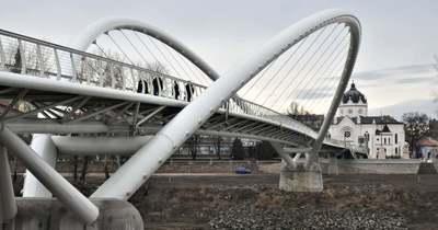 Akár a szolnoki Tiszavirág is lehet az év hídja