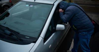 Autólopás Mórahalmon: lezáratlan autót szemelt ki a tolvaj