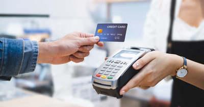 Többször is fizetett a talált bankkártyával a tiszaföldvári férfi