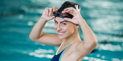 Gyors fogyás, tónusos test? Irány a medence, kezdj el úszni!