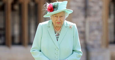 A brit királynő tiltása: senki nem lehet királyi egyenruhában Fülöp temetésén