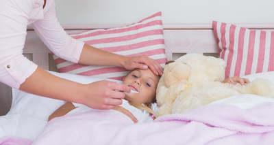 Megszólaltak a szülők: ilyen tüneteket észlelnek a covidos gyerekek
