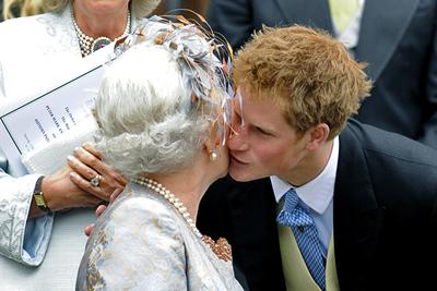 A királynő megkönyörült Harry hercegen: ezt az intézkedést hozta