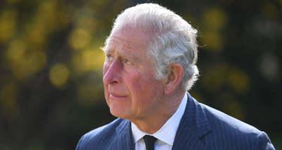 Összeomlott Károly herceg: zokogásban tört ki és az égre nézett