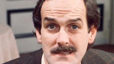 Bocsánatot kért a fehérektől a Monty Python fehér humoristája