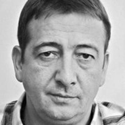 Bayer Zsolt (Magyar Nemzet): Tusk a Katynban