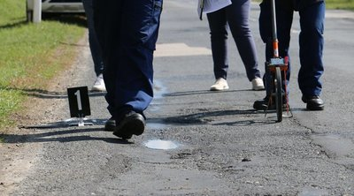 Megrázó fotók érkeztek: halálra gázoltak egy forgalomirányítót Somogyban