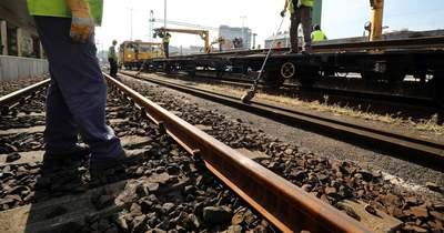 Napkora lezárják a Dorozsmai úti vasúti átjárónál a Szeged felég vezető sávot