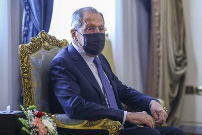 Az oroszok elküldik az amerikai nagykövetet és tíz diplomatáját