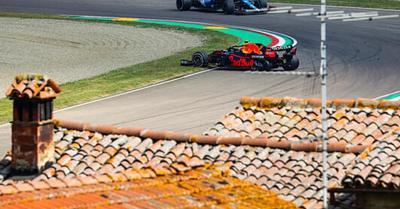 F1: Verstappen nem lepődött meg a Mercedesen; Marko Pérezt hibáztatja