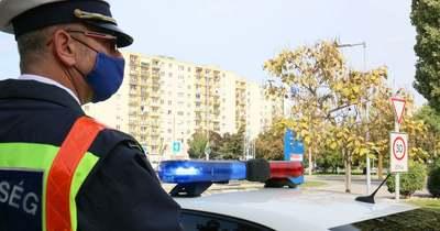 Oltóorvos életét mentették meg Dunaújvárosban a rendőrök
