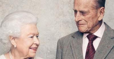 Búcsú a szerelemtől: Erzsébet királynő legkedvesebb fotóját tette közzé imádott férjéről