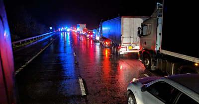 Baleset történt szombat hajnalban az M5-ös autópályán