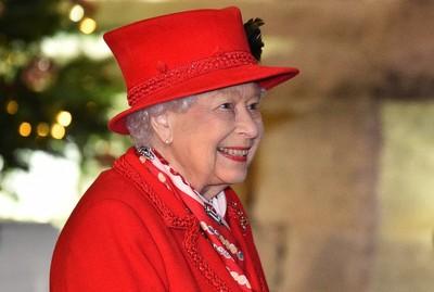 Fülöp herceggel közös fotót osztott meg II. Erzsébet a temetés előtt