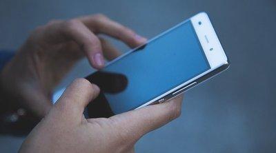 Undorító: Ezért ne nyomkodd a telefonod, miközben a vécén ülsz – 18+ videó