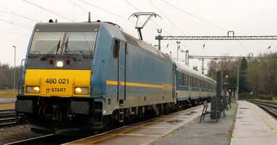 Módosított menetrend és vonatpótló buszok a Budapest–Tapolca vonalon