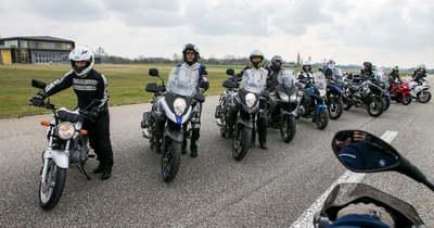 A jakabszállási reptéren motoroztak