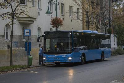 Kitört a verekedés, mentőt kellett hívni egy csepeli busz utasához