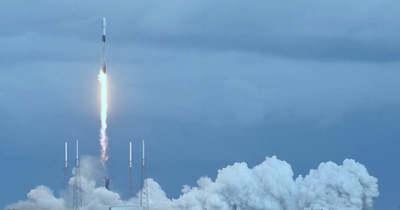 Elon Musk űrhajója viszi el a NASA-t a Holdra