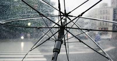 Kiadták a riasztást: Országos esőzés jön