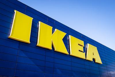 Százak menekültek az IKEA parkolójából, óriási balhé alakult ki - Videó