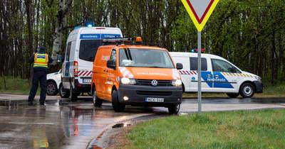 Teljes útlezárás Szatymaz közelében, ketten megsérültek a balesetben