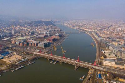 Már tesztelik a Déli összekötő vasúti Duna-híd új szerkezetét