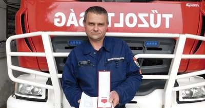 Elismerésben részesült Koloh László tűzoltó törzszászlós