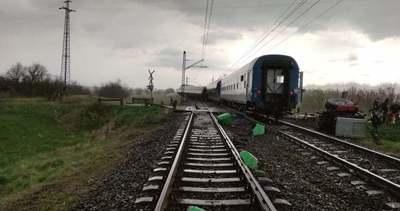 Tömeges vasúti baleset Újfehértónál: 13 mentőautót és 2 mentőhelikoptert riasztottak - videó