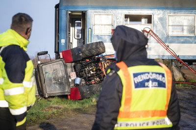 Drámai képek az újfehértói vonatbalesetről