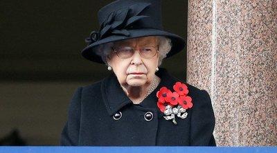 Csapás csapás hátán: II. Erzsébet újra gyászol