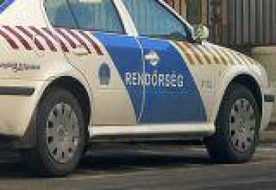 Hídfőnek ütközött egy autó, lezárták a 68-as utat Marcaliban