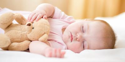 Kokain és egésznap síró csecsemők: ezek a múlt rettenetes gyermeknevelési szokásai