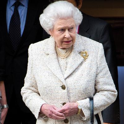 Erzsébet királynő először szólalt meg Fülöp halála óta