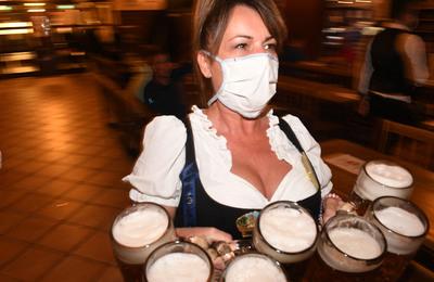 Miért kerül egy kis üveges sör több mint négyezer forintba Katarban?