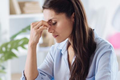 Ilyen komoly szövődményekre utalhat, ha sokáig fáradt vagy a koronavírus-fertőzés után