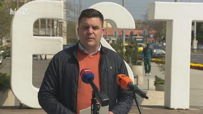 Be nem tartott ígéretekkel szembesítették az újpesti polgármestert