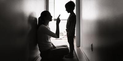 A gonosz hálójában, akit úgy hívnak: anya...