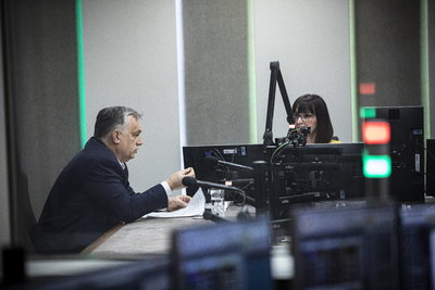 Orbán Viktor: Négymillió oltott felett nyitnak a színházak, szállodák, mozik, konditermek a védettek előtt