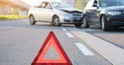 Öt autó karambolozott a 6-os főúton, Szigetvárnál