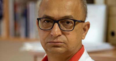 Dr. Mihalecz Károly: Aki egészséges, nem halhat meg az oltástól