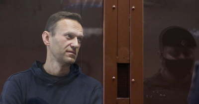 Már nem fél a mérgezéstől, újra enni fog Navalnij az orosz börtönben
