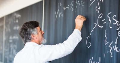 Alig jelentkeznek a természettudományos tanárképzésekre