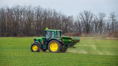 A magyar gazdák egyre többet költenek mezőgazdasági biztosításra