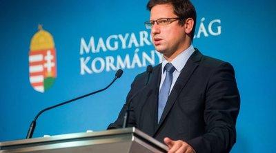 Gulyás Gergely bejelentette: eddig biztosan maradnak a korlátozások a védettségi igazolvánnyal nem rendelkezőknek